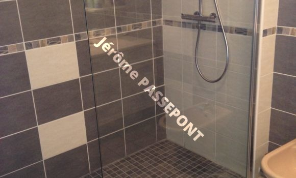 Salle de bains avec douche italienne Jérôme PASSEPONT