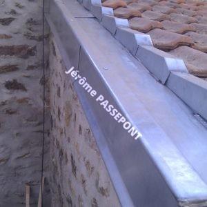 couloir zinc avec rives main courante et noquet en zinc jerome passepont