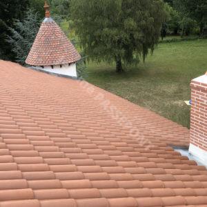 2-Couverture,-tour-en-2-Tuille-plate-écaille,-cheminée-brique,-zinguerie-web